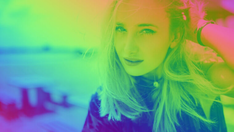 CanvaエフェクトColor Mix: Rainbow